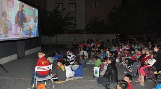4.500 personas pasan por el Cine de Verano, convirtiéndolo en una de las principales propuestas culturales para toda la familia en Santa Marta