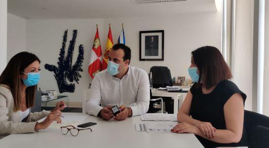 El Ayuntamiento firma un convenio para facilitar el acceso a las residencias del grupo Colisée