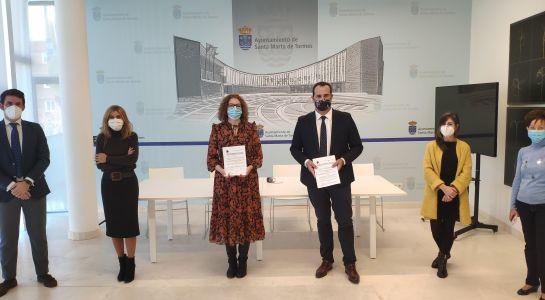 Ayuntamiento y Supeco firman un convenio que permitirá favorecer el empleo entre parados del municipio
