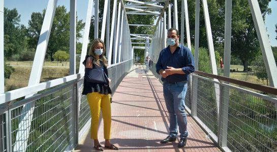 Finaliza la puesta a punto de la pasarela de acceso a la Isla del Soto por La Fontana